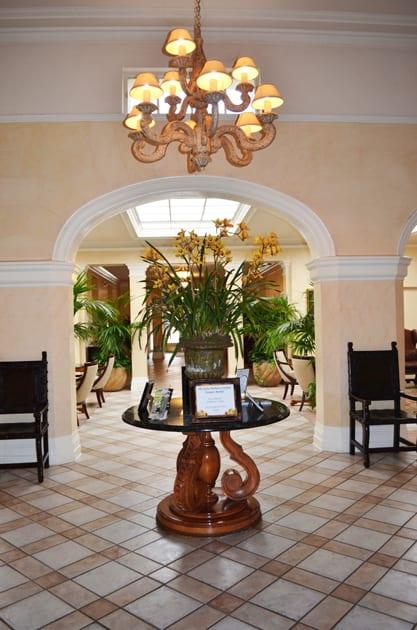 Hotel Santa Barbara Lobby