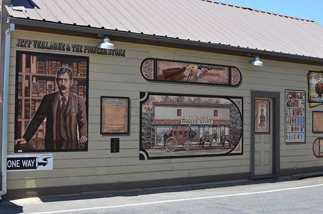 H.E.A.R.T. Mural in Ramona