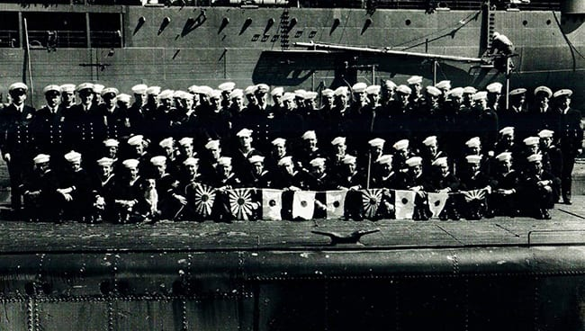 USS Besugo SS321 Crew with Military Mascot