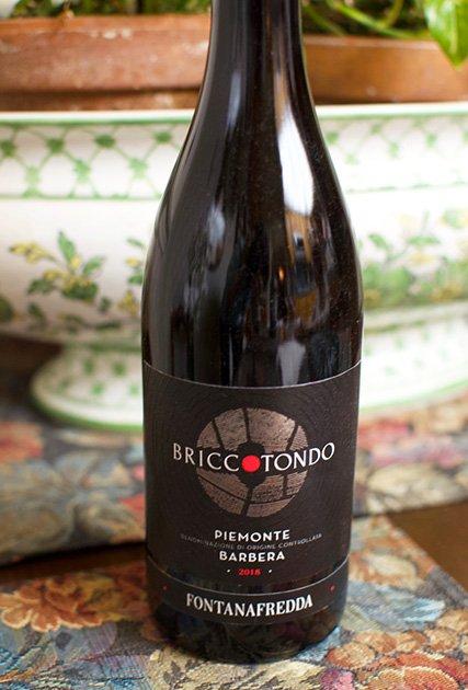 Fontanafredda Bricctondo Piemonte Barbera