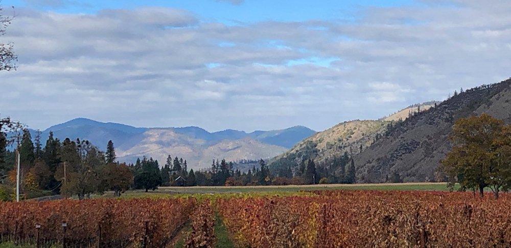 Applegate Valley © Cori Solomon